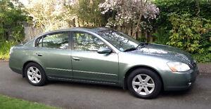 Just reduced - 2003 Nissan Altima SE 2.5 Sedan