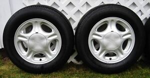 "4 m&s P205/65R15 Tires on Ford Taurus Mercury Sable Rims 15"" Prince George British Columbia image 2"