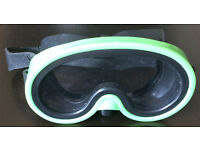 Goggles & 2 Sets of Flippers