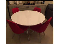 White gloss dining table and 3 chairs new