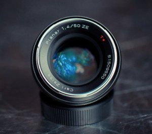 Zeiss Planar T 50mm f/1.4 ZE For Canon