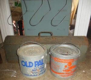 Old Pal galvanized minnow bucket London Ontario image 3
