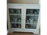 Bookcase /display cabinet