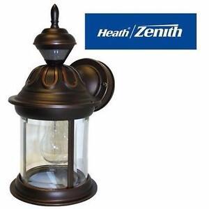 NEW HEATH-ZENITH WALL LANTERN Bridgeport 1 Light Outdoor Wall Lantern by Heath-Zenith  91351160
