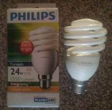 2 Philips 24w Warm White Bayonet Clip CFL T2 Spiral Coburg Moreland Area Preview