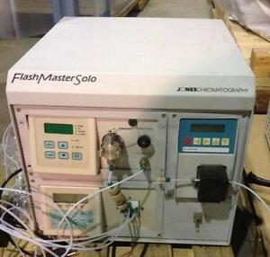 JONESCHROMATOGRAPHY 40-00C-FSS PC Flash master solo usagé *AEVOS*