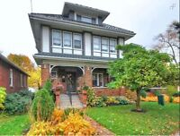 Spectacular Wortley area home!!