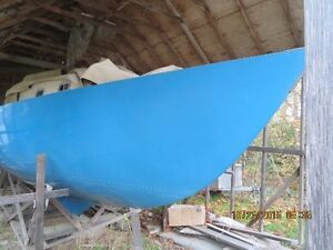 Beautiful Spencer 31 Sailboat - Partly Finished