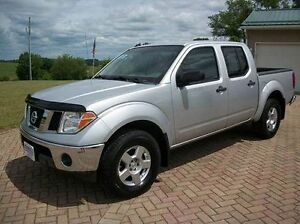 2005 Nissan Frontier SE CREWCAB 4X4-AUTO-4.0L V6-ONE OWNER TRUCK