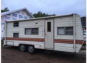 24 ft Camping Trailer