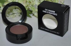 Maquillage - Makeup - 4 eyeshadows - Nouveau - New