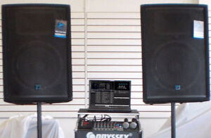 Yorkville YX15 P Powered Speakers PAIR -- Excellent Condition -