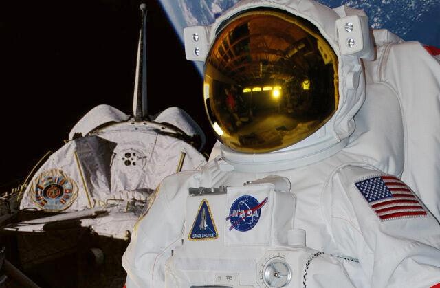 Space Shuttle EMU Replica Space Suit: