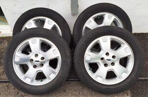 4 mags Ford et pneus Michelin 17'' à vendre