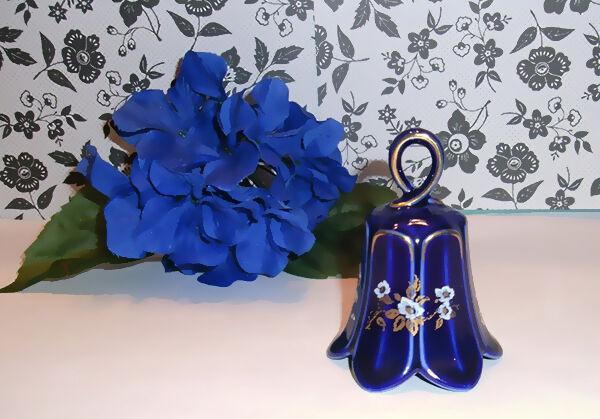 Vintage-Geschirr modern kombiniert: Lindner Porzellan neben modernen Stücken