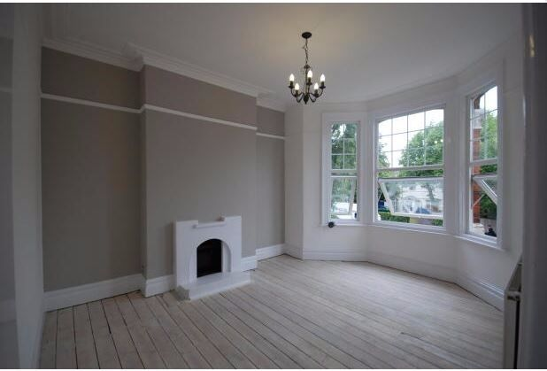 1 DOUBLE BED, 1ST FLOOR FLAT IN PERIOD CONVERSION, UPPER RICHMOND ROAD, PUTNEY, CLOSE TO SHOPS