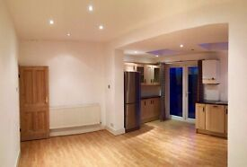 1 bedroom flat in Seaford Road, London, W13