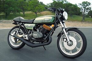 Looking for Yamaha RD400 performance parts