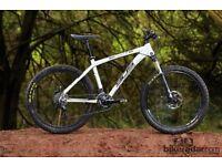 Whyte 905 - Medium- Trail/Bike packing/XC Hardtail Mountain Bike