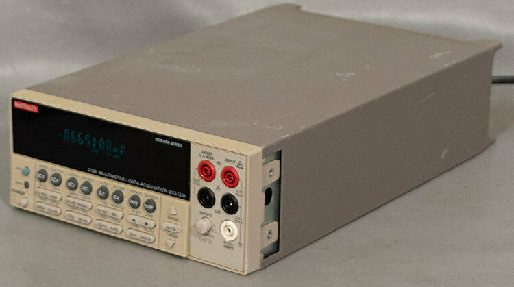 Keithley 2700 Multimeter/Data Acquisition/Switch System w/7700 20-Ch Multiplexer