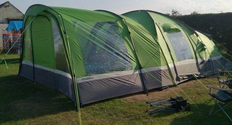 Hi Gear Emerald Green Voyager Elite 6 Person Family Tent with Porch - NEW unused & Hi Gear Emerald Green Voyager Elite 6 Person Family Tent with ...