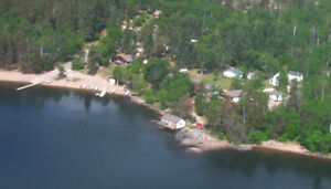 BIG WHITESHELL LODGE Deluxe Lakefront Cottage Vacancy