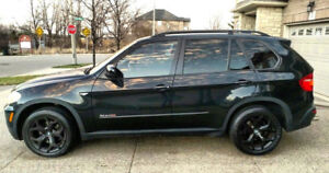 2008 BMW X5 3.0 AWD - Maintained at BMW with service records