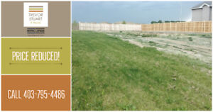 PRICE REDUCED! 2374 Aspen Drive Coaldale! Fully serviced lot!