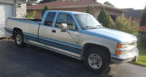 1996 Chevrolet 2500 Pickup in excellent condition - 6500.00 OBO
