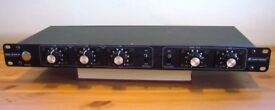 Omnitronic ISO-23FX - stereo DJ equaliser / isolator / filter with FX send - B+ condition - £150 ono