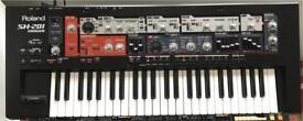 Roland SH 201 Synthesizer