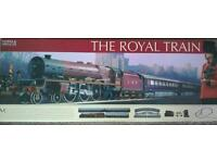 HORNBY MARKS & SPENCER 'OO' GAUGE R1045 'THE ROYAL TRAIN' SET BOXED