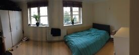 En-Suite Double Room £895 inc Bills - Kingston / Surbiton