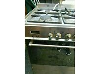 DeLonghi Oven and Extractor Fan