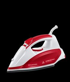 Russell Hobbs Steam Iron 2600W - Red