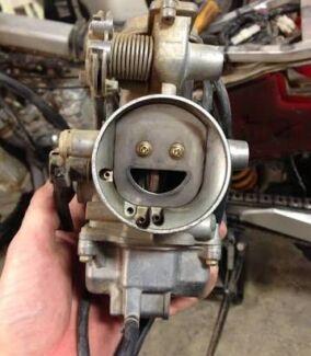 HONDA XR650R genuine BRAND NEW  carburettor assembly 16100MBN653
