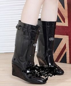 Brand new never worn Wedges rain boots West Island Greater Montréal image 2