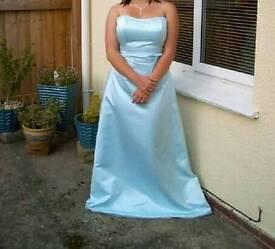 Beautiful prom dress!!