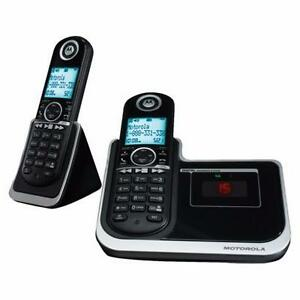 Téléphone sans fil 2 Combinés 6.0 Dect avec Répondeur Motorola ( L802 )