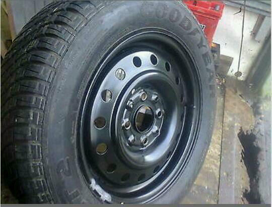 Tyres random size
