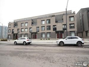 3 bedroom townhouse for lease in Square One area, Mississauga
