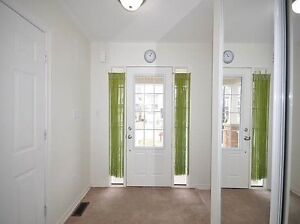 Bright New Home for Rent in Bradford Kawartha Lakes Peterborough Area image 2