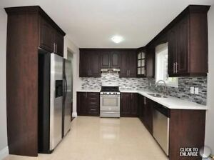 Stunning 3 Bedroom semi detached house in Mississauga!!!