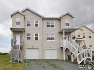 Move In Before the Holidays!!! this 3 BDRM Semi /w garage