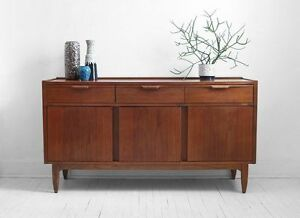 looking for a credenza/ sideboard Cambridge Kitchener Area image 3