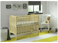 Kinder valley kie cot natural. With free mattress. Brand new in box. 3 left only.