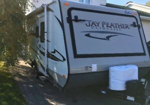 2013 JAYCO Roulotte Hybride Jay Feather Ultra Lite X17A
