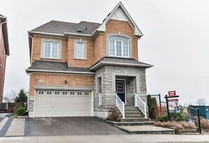Bright–4 Bdrm–Detached Overlooking Ravine-Avail in Stouffville