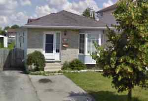 FANSHAWE STUDENTS - House for rent right beside the college