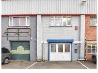Excellent warehouse for rent. Slough SL2. 1600sq ft. Offices, kitchen, WC. £1500 per month